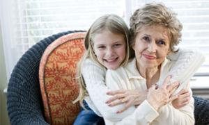 Дети, воспитанные бабушкой: какими они становятся