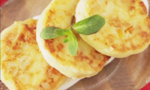 Как приготовить пышные сырники из творога, как в садике