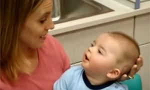 Во сколько новорожденый ребенок начинает узнавать маму