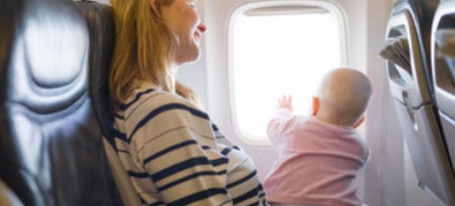 С какого возраста можно летать с ребенком на самолете