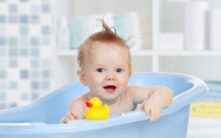 Почему ребенок не хочет купаться и что делать