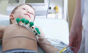 Как делают ЭКГ маленьким детям и какие нормы