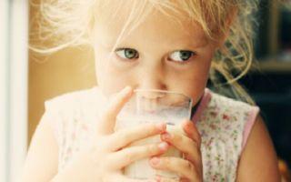 Как понять, что ребенок отравился молоком и что делать дальше
