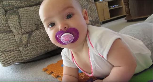 Как выложить новорожденного на живот