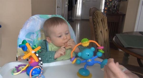 Малыш и развивающий центер