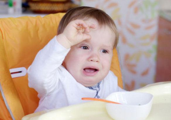 Малыш капризничает, не хочет кушать