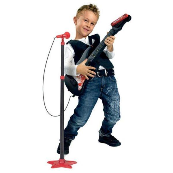 Детская гитара и микрофон