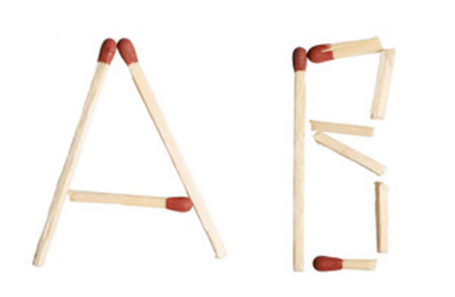 """Буквы """"А"""", """"В"""", собранные из спичек"""