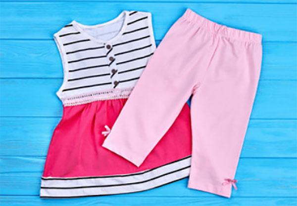Платьице и штанишки для маленькой девочки