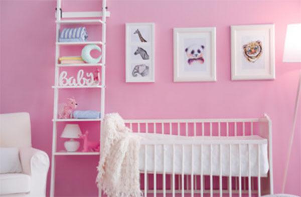 Декорированная комната для новорожденной девочки