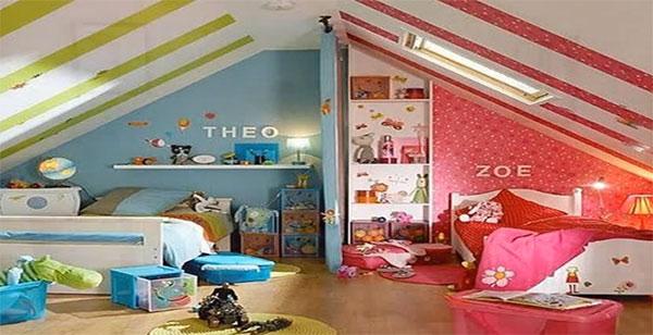 Комната состоит из двух частей: розовой, принадлежащей девочке и голубой - мальчику