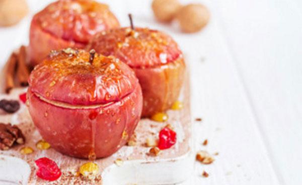 Готовые яблоки с медом