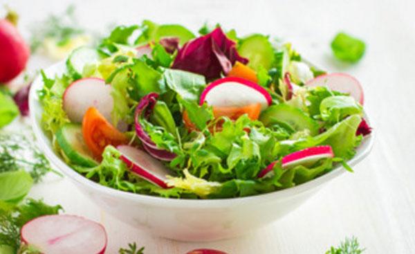 Готовый салат с латуком