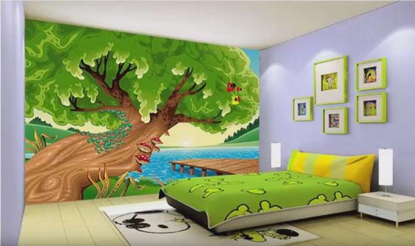 На одной из стен изображено большое дерево