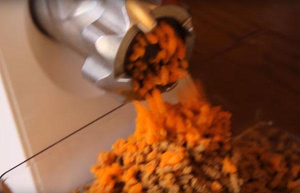 Перемалывание моркови