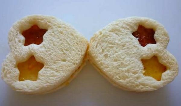 Сложенные бутерброды