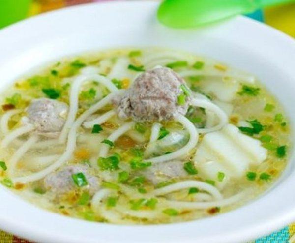 Суп с фрикадельками-осьминожками